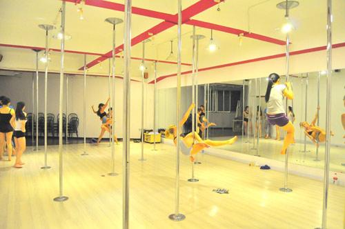 Shanghai-Pole-Dance-Class-3